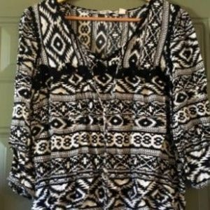 Tribal Print Blouse Size Small